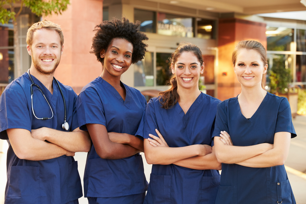 The Benefits of Earning a Nursing Degree