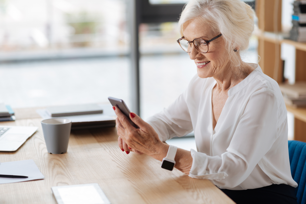 The Right Cellphone Plans for Seniors