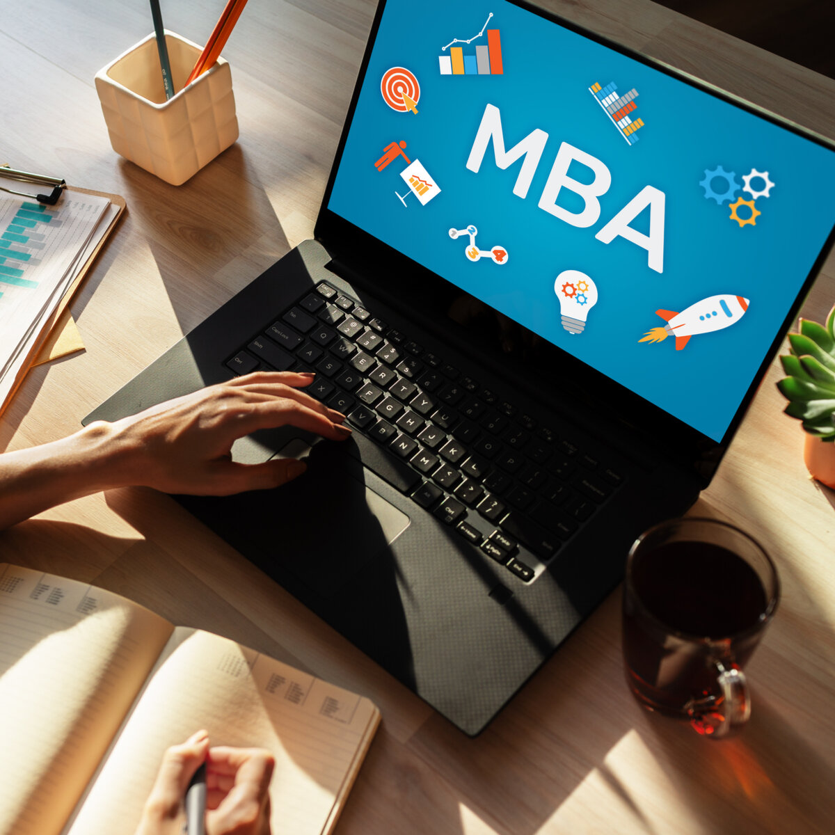 Become A Leading Entrepreneur With These Business Management Courses!